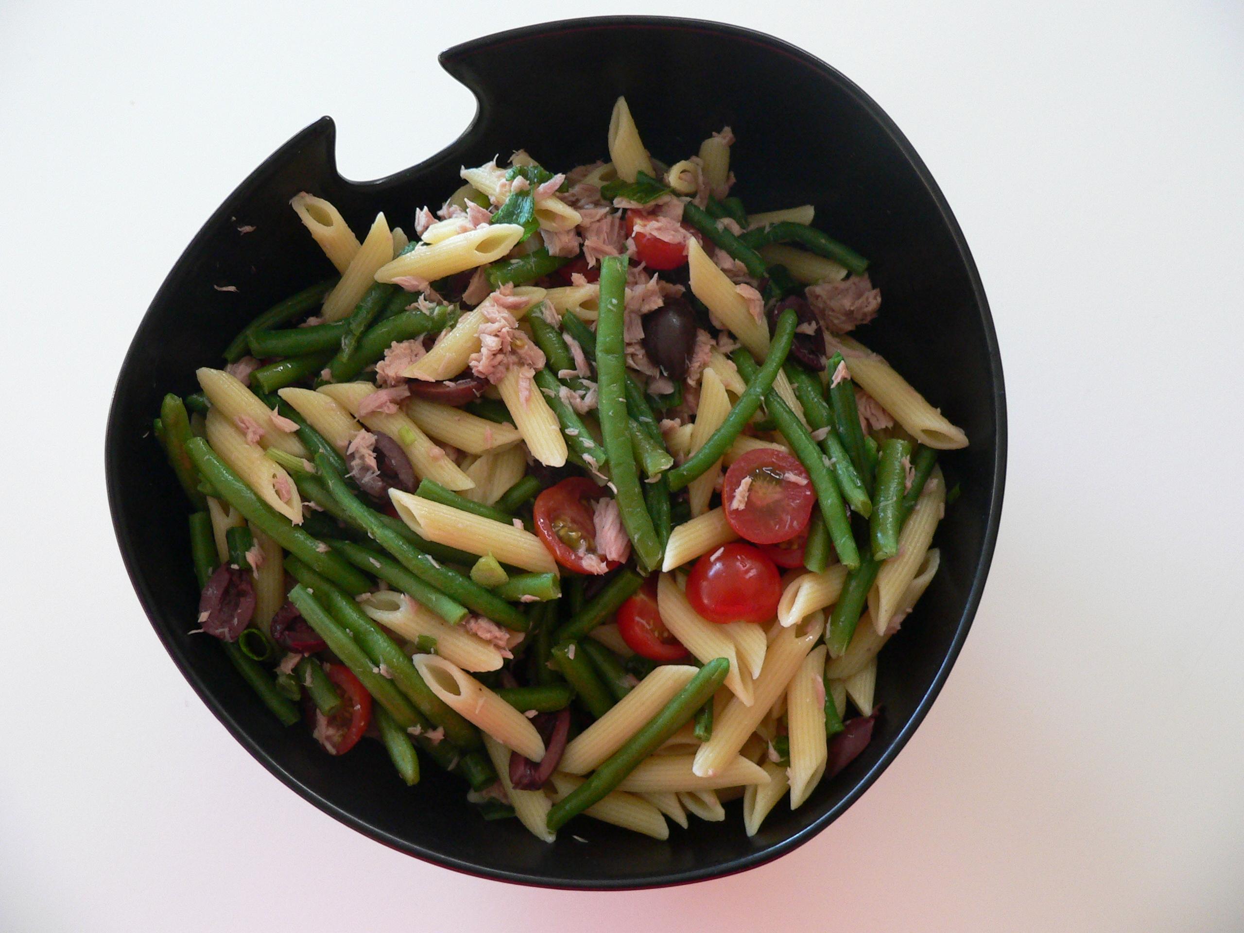 pastasalat med tun
