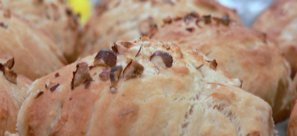 Sandwichboller Med Hasselnødder Og Hvid Hvede Madhistorier