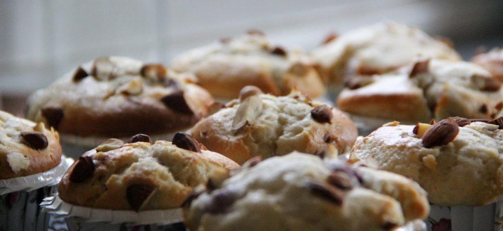 Søde sommer muffins med friske hindbær